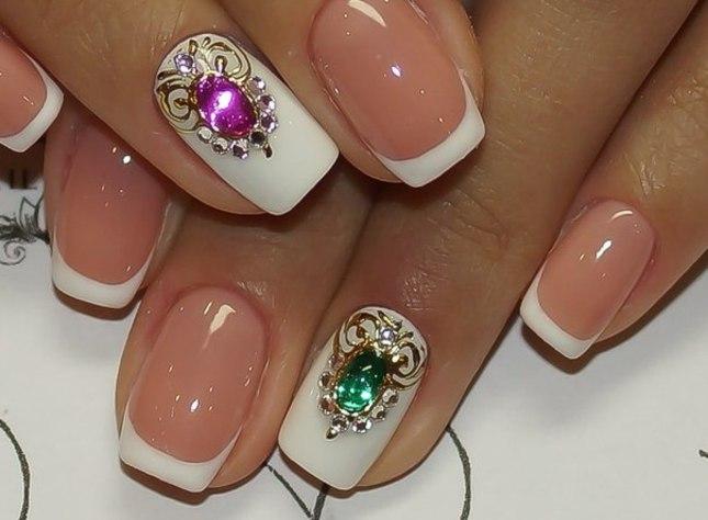 Ногти дизайн с камнями и
